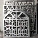 金属镂空铝屏风-木纹色方管铝屏风