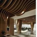 波浪形铝方通木纹造型铝方通隔断