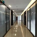 青岛玻璃隔墙厂家,百叶高隔间测量