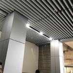 滾弧格柵造型包柱鋁板,方柱鋁單板