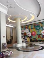 3米直徑圓柱裝飾鋁板包柱鋁單板