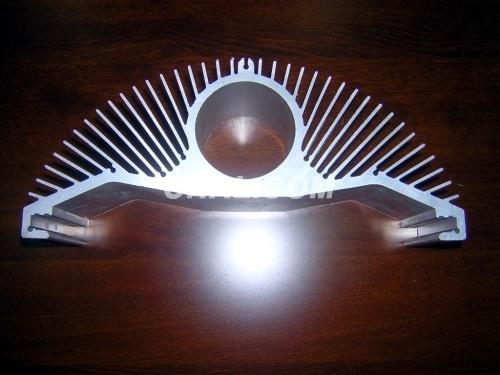高精度散熱器鋁型材