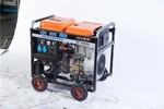190A发电带电焊机户外维修