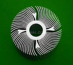 供應鋁合金散熱器工業型材