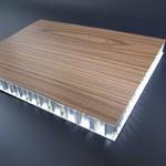 室內�棜惘甈F大樓50056061鋁蜂窩芯鷹飛金屬復合木紋板