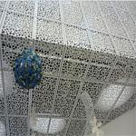 外墙门头穿孔铝单板和铝塑板对比法
