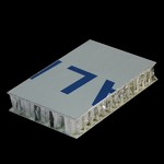 氟碳噴涂表面蜂窩鋁