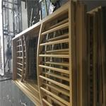 收费站木纹金属花格窗铝合金