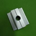 南京廠家定制方形帶飛邊槽條鋁型材
