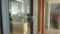 合肥鑫力門窗裝飾有限公司主營:鋁木門窗,斷橋鋁門窗,鳳鋁門窗,時尚陽光房,隱形紗窗,防盜窗,隱形防護網等產品的平板玻璃陽臺裝修好處多,封陽臺多效利用空間