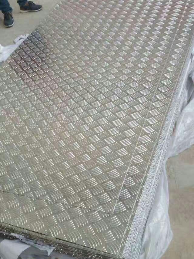 0.3mm铝瓦楞板价格表