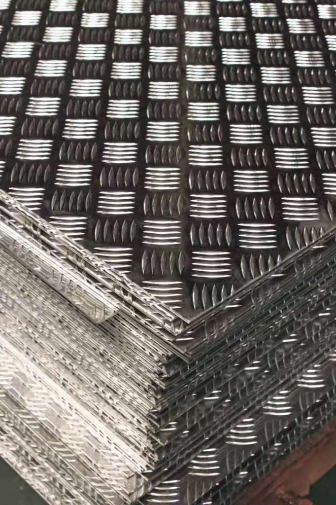 0.3个防锈铝板一米价格