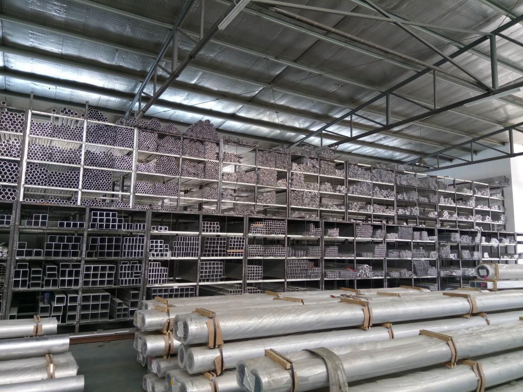 一米6063挤压铝合金铝管报价