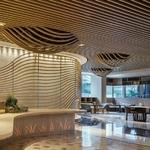 销售大厅木纹铝方通-造型铝方通