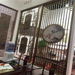 铝制花格-仿古铜铝花格窗-餐厅装潢