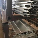 荣成花纹铝板:厂家直销