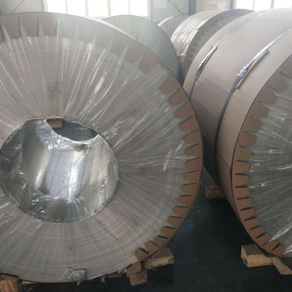 铝门板生产-低价格