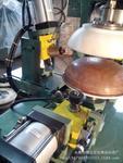 不�袗�餐盤自動卷邊機 自動切邊機